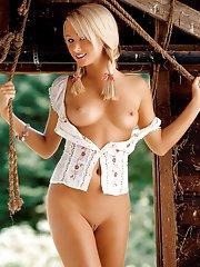 Playboy Galleries - Free Playboy Com Pics, Best Nude ...